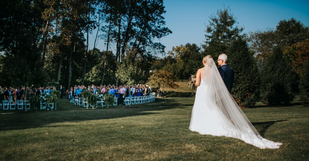 Demers-Berghouse-9.9.17-Brides-Entrance
